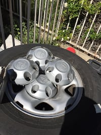 Toyota Tacoma rims + tires with TPMS Moorpark, 93021