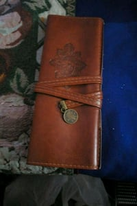 brown leather bi-fold wallet Regina, S4R 6Z4