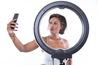 18 inch Dimmable LED Diva Ring Light (IN STORE CASH SALE) Toronto