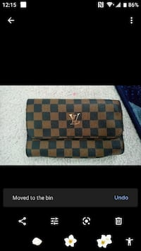 Brand new lv large wallet 50$ Calgary, T3J 2T2
