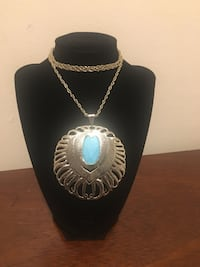silver chain necklace with round pendant Mount Rainier, 20712