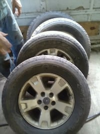 CHRISTMAS SPECIAL! tires and rims off 05 escape Cowen, 26206
