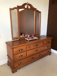 Bedroom Furniture Oakville, L6M 3E3