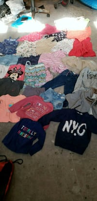 toddler's assorted clothes Las Vegas, 89108