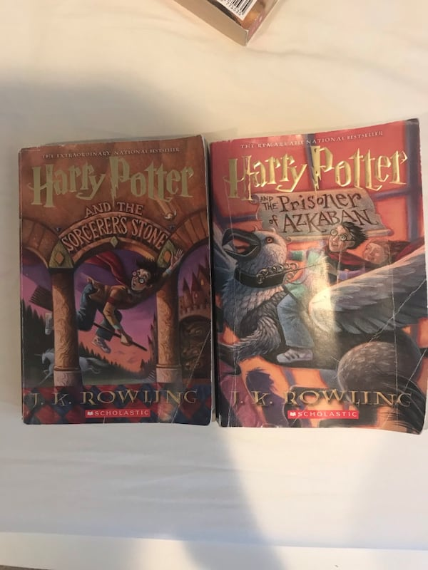 HARRY POTTER 2 BOOK VALUE PACK ce860efe-5707-450f-a350-9d64c7b2bf17