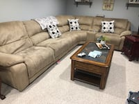 Beige Sectional couch  Jamesburg, 08831