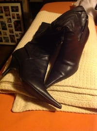 black leather heeled boots Yonkers, 10703