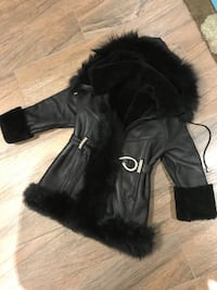 Girls XS Leather Coat New Westminster, V3L 2V2
