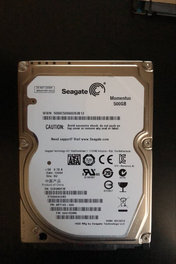 2 adet Seagate 500GB SSHD + 1 aadet 500GB Momentus 2