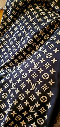 LV double sided scarf