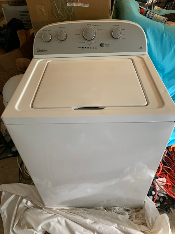 Whirlpool Washer and Dryer ca5cc7ca-0002-4e58-8975-d07ef976b94e