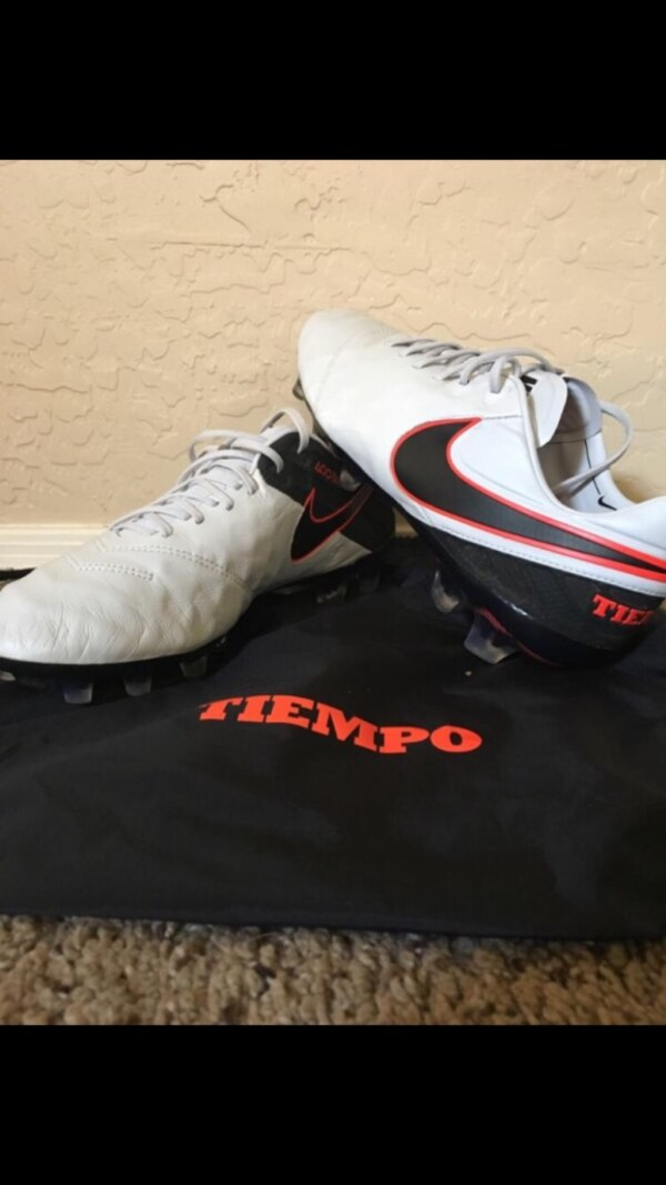 on sale 97bbc d9b01 New Nike Tiempo 6 soccer cleats size 10.5
