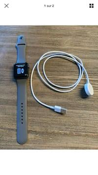 Apple Watch Series 3 42mm GPS space gray with charger Blainville, J7C 0E3