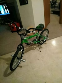 green and black BMX bike De Pere, 54115