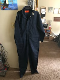 Black zip-up coveralls  Lakewood, 98498