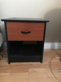 Bed Side Table Port Coquitlam, V3B 7M2