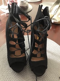 Shoes size 7 Chicago, 60638