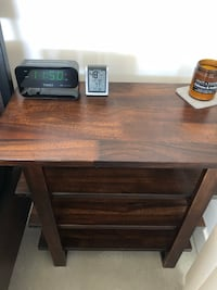 Brown wooden side table / shelf / table / desk San Diego, 92101