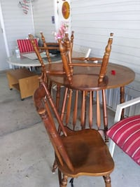 Dining table n 3 chairs