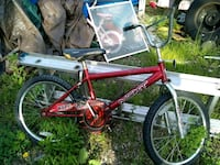 red and black BMX bike Des Moines, 50314