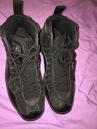 pair of black Air Jordan basketball shoes District Heights, 20747