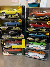 1:18 scale die cast collectible cars  Sherwood Park, T8A