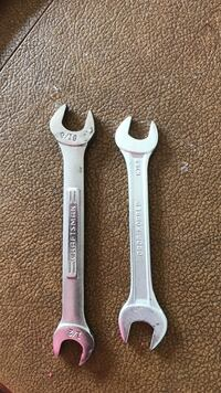 Set of two wrenches Desert Hot Springs, 92241