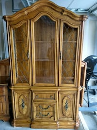Beautiful wooden china hutch for sale Colorado Springs, 80921