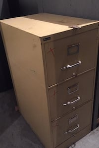 Filing cabinet with 3 drawers  Montréal, H2P
