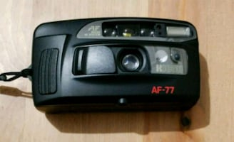 RICOH AF-77 Point & Shoot 35mm Camera