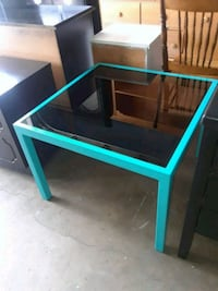Coffee table  / end table  Thousand Oaks, 91320