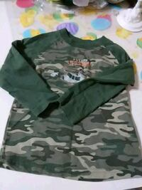 green and brown camouflage jacket