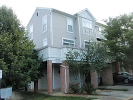 2 BR 2.5 Bath Townhouse for Rent
