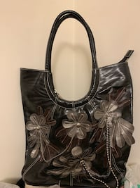 Black leather floral tote bag Large Vancouver, V5R 5E3