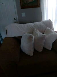 Large chair with pillows and blanket Murfreesboro, 37129