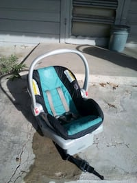 baby's black and blue car seat carrier McAllen, 78501