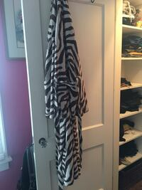 white and black zebra pattern bathrobe Minneapolis, 55419