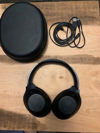 Sony MDR-1000X Active Noise Cancelling Headphones Waterloo, N2L 3W9