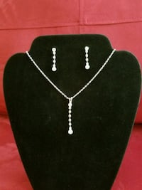 Crystal diamond necklace and earring set Rockville, 20852