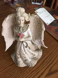 9 1/2 inches sarahs angels plays music  Mississauga, L5R 2A4