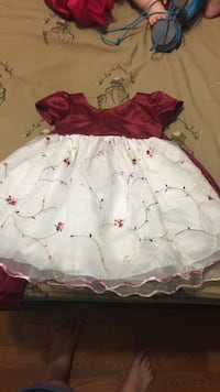 Baby White and red floral dress 12 months  Hamilton, L9C 5J2