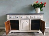 white and black wooden sideboard 531 km