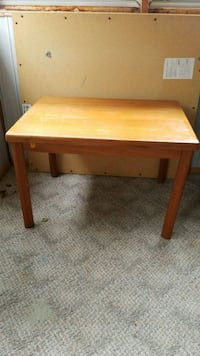 Table Sterling