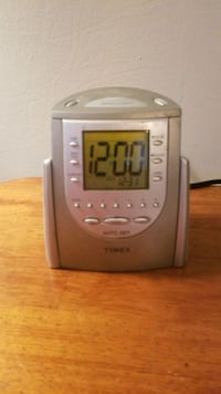 Timex auto set clock radio