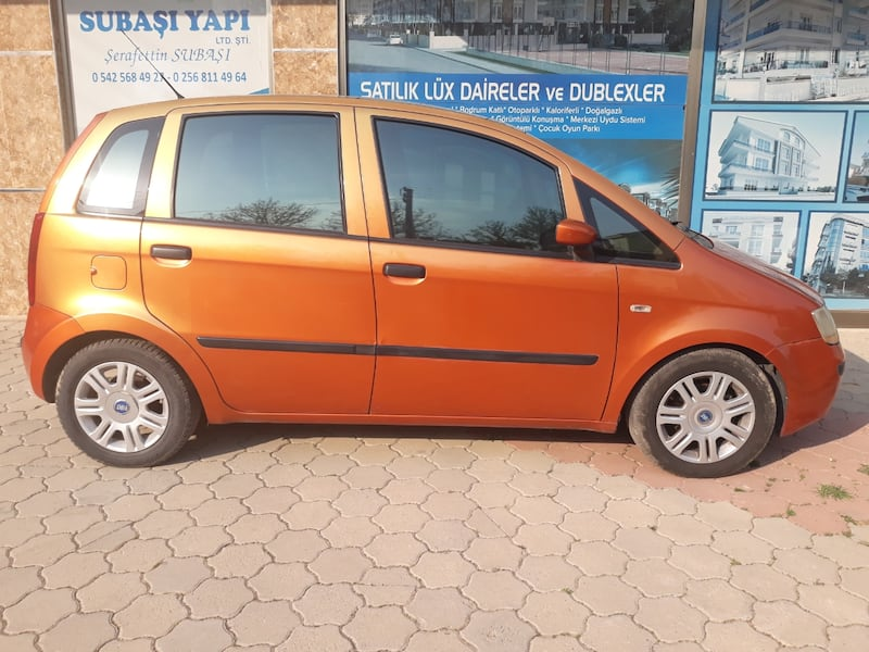 2005 Fiat Idea 1.4 16V DYNAMIC PLUS 3e08842b-06f8-46d1-b9bc-3d0378974bee
