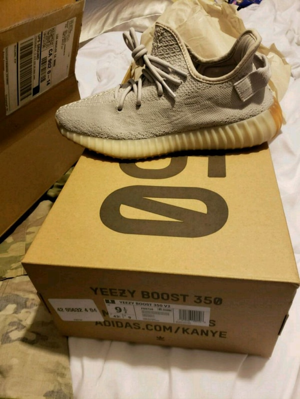b064e0d8e699cf Used Yeezy 350 sesame for sale in Los Angeles - letgo