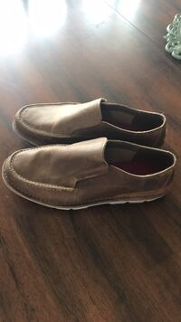 Size 11 Timberland slip on shoes    Westfield, 46074