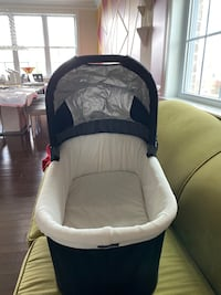 Bassinet from UppaBaby (Cruz) Novi, 48374