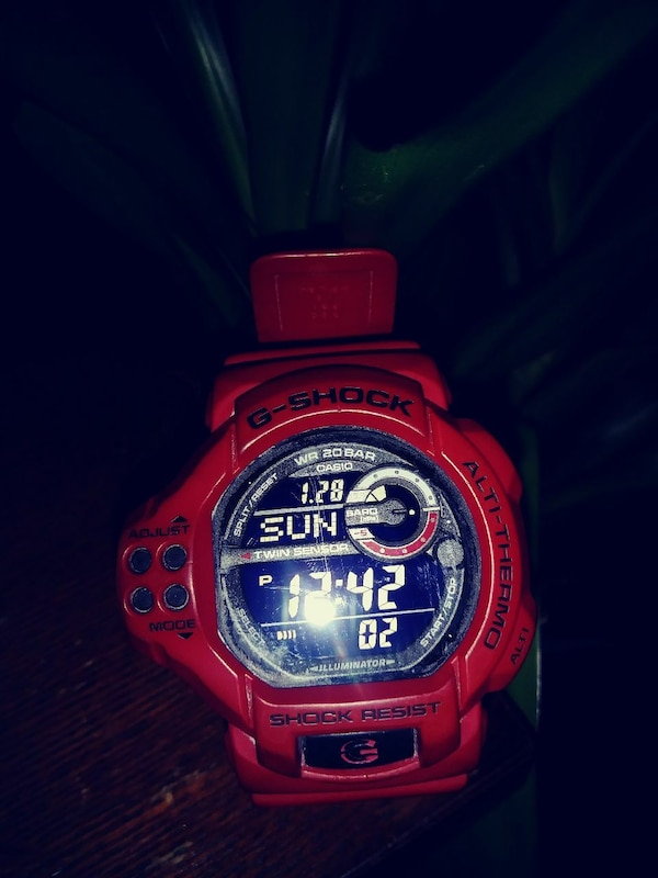Red big face G-shock