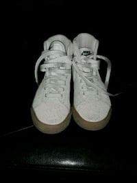 Boys nike shoes size 12 San Antonio, 78237
